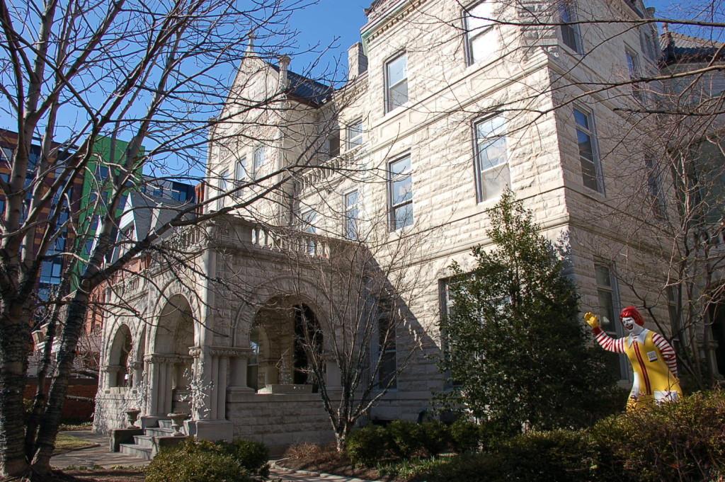 Philadelphia House Chestnut